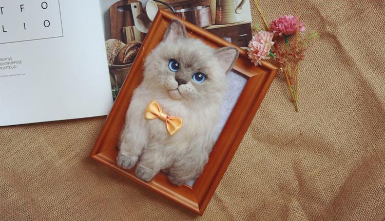 Needle Felt Cat: Product Display